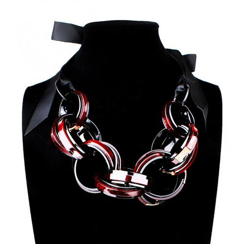 Resin Link Ribbon Collar Necklace