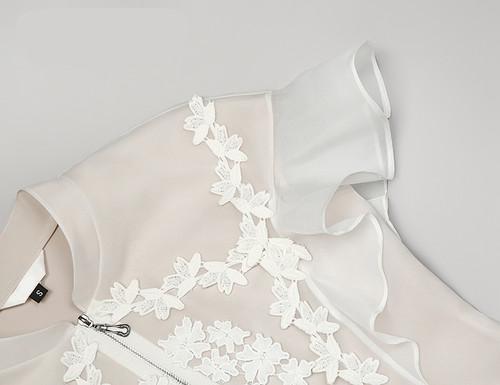 Flower applique butterfly sleeve white organza mini dress
