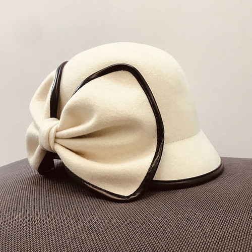 Vintage Style Over  Sized Bow Cloche