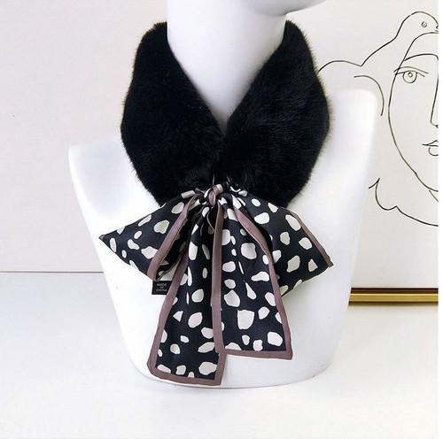 Faux Fur Collar Polka dot Silk Scarf3
