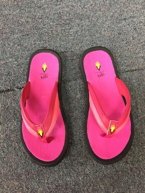 Summer fuchsia flip flop sandal