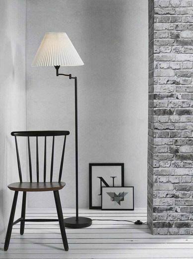 Break Black with White Pleated Shade Floor Lamp