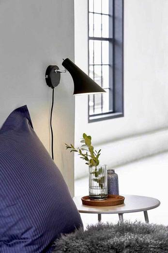 Vanila Adjustable Black Indoor Wall Light