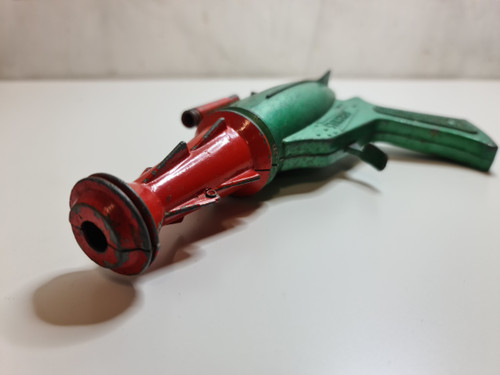 Stingray Metal Cap Gun - Lone Star - Gerry Anderson - 1964 - in green and red