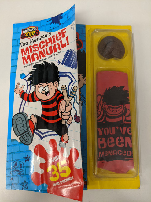 Dennis The Menace: Mischief Manual (Includes Sealed Gifts) - 2014 - Beano - GD