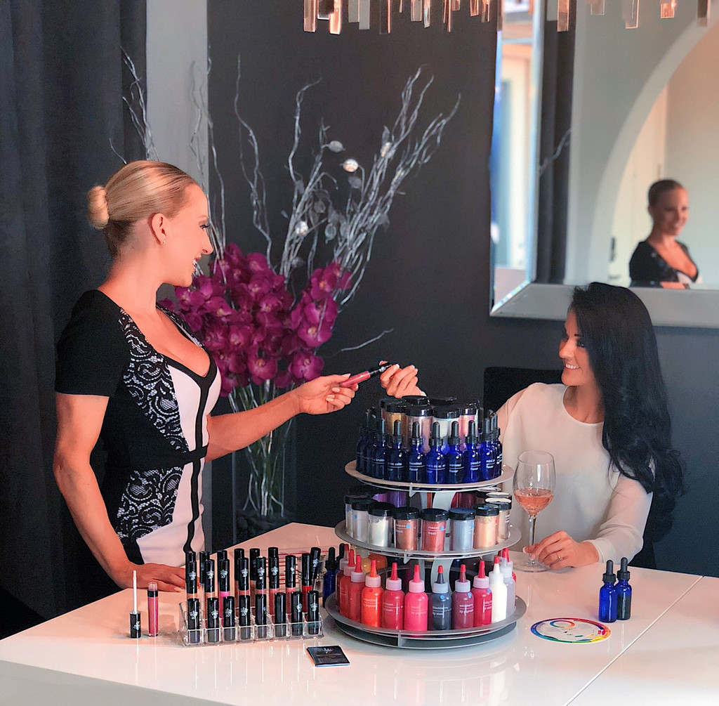 Las Vegas Custom Lipstick Bar by Dawes Custom Cosmetics