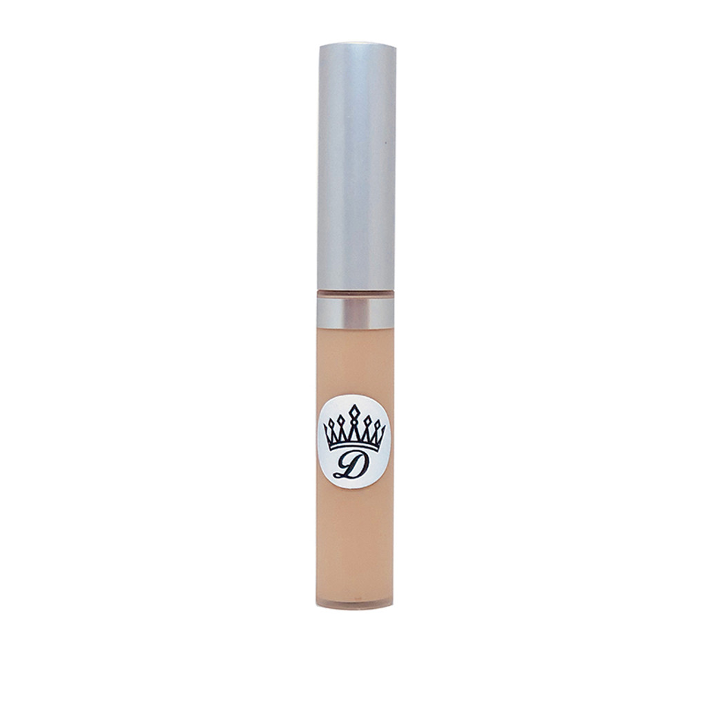 Cruelty free lip primer by Dawes Custom Cosmetics. Makes lipsticks last longer and prevents lipstick from feathering or bleeding.