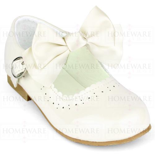 Girls Spanish Mary Jane Patent Bow Shoes Cream