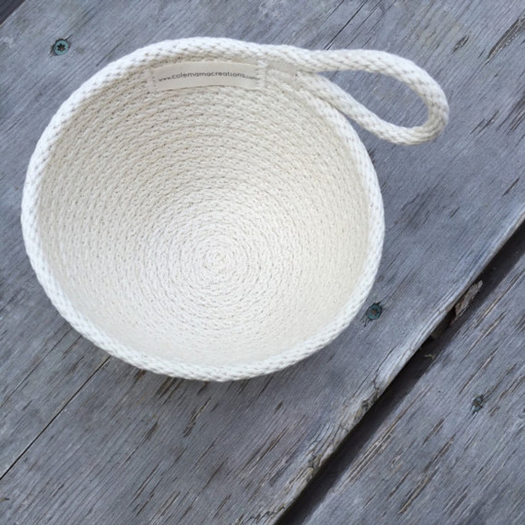 small cotton basket, with handle