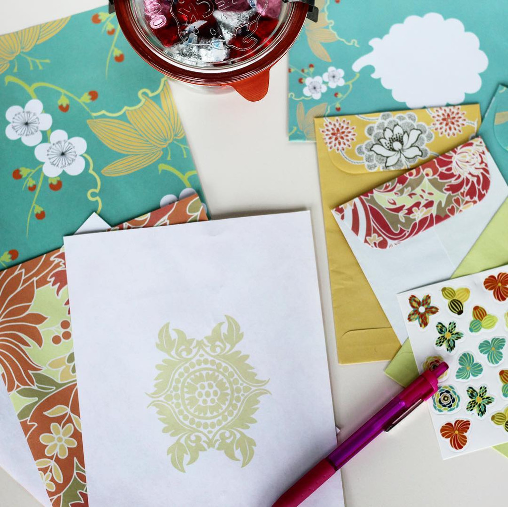 Lucky Flowers stationary set