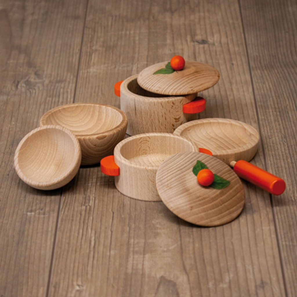 wooden play cooking set