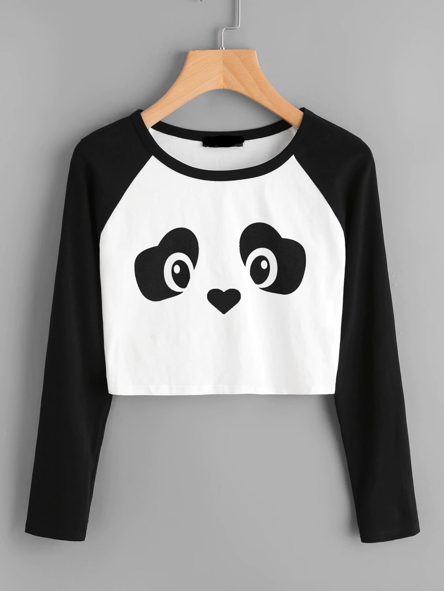 Fifth Avenue Women s Raglan Full Sleeve Crop Panda Face T-Shirt - Black and  White 541a39327a