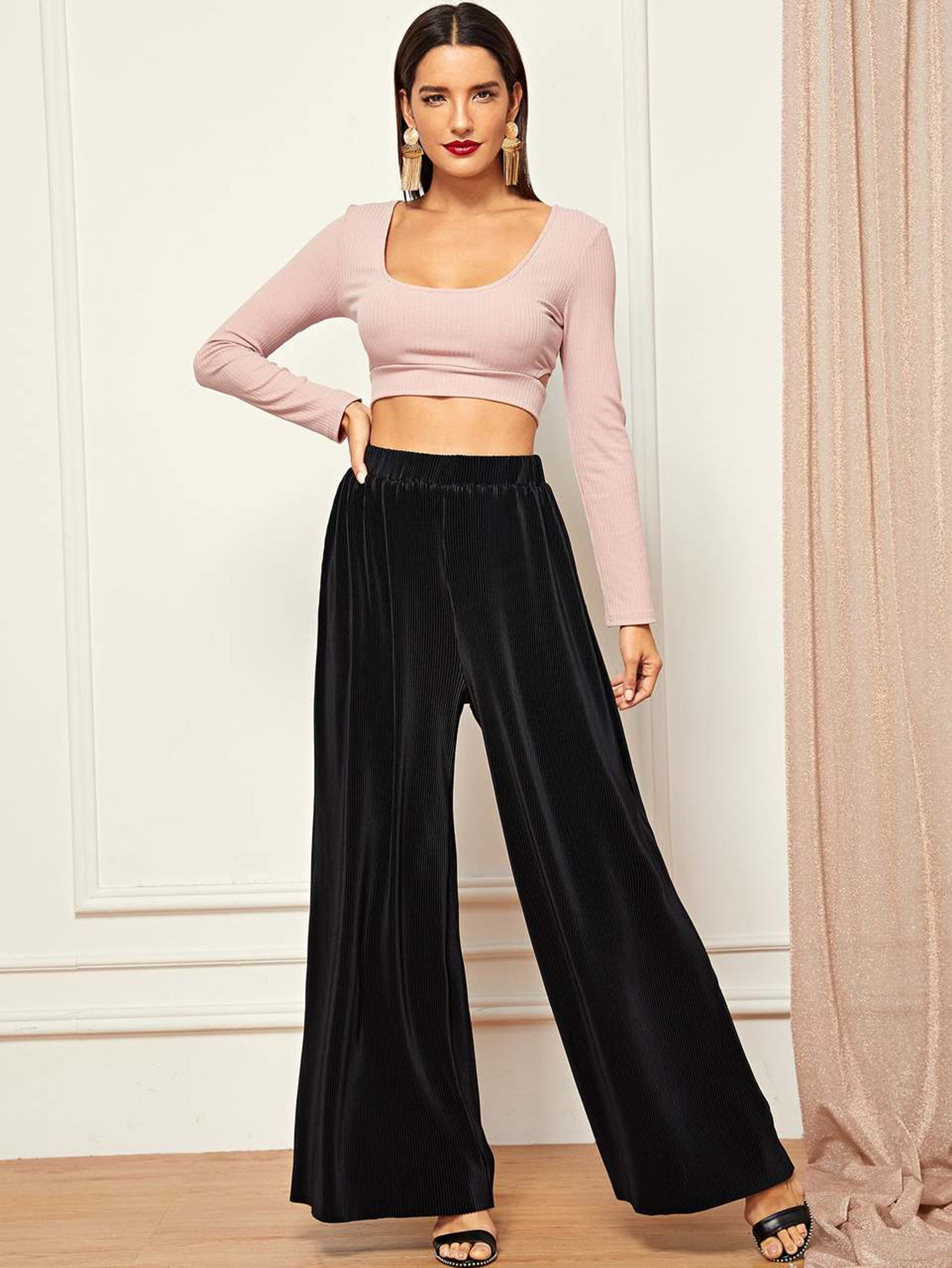 Fifth Avenue Women's TRIGZ Velvet Wide Leg Pants - Black