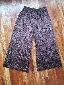 Fifth Avenue FAVVP4 Self Belted Crushed Velvet Pleated Wide Leg Culotte Pants