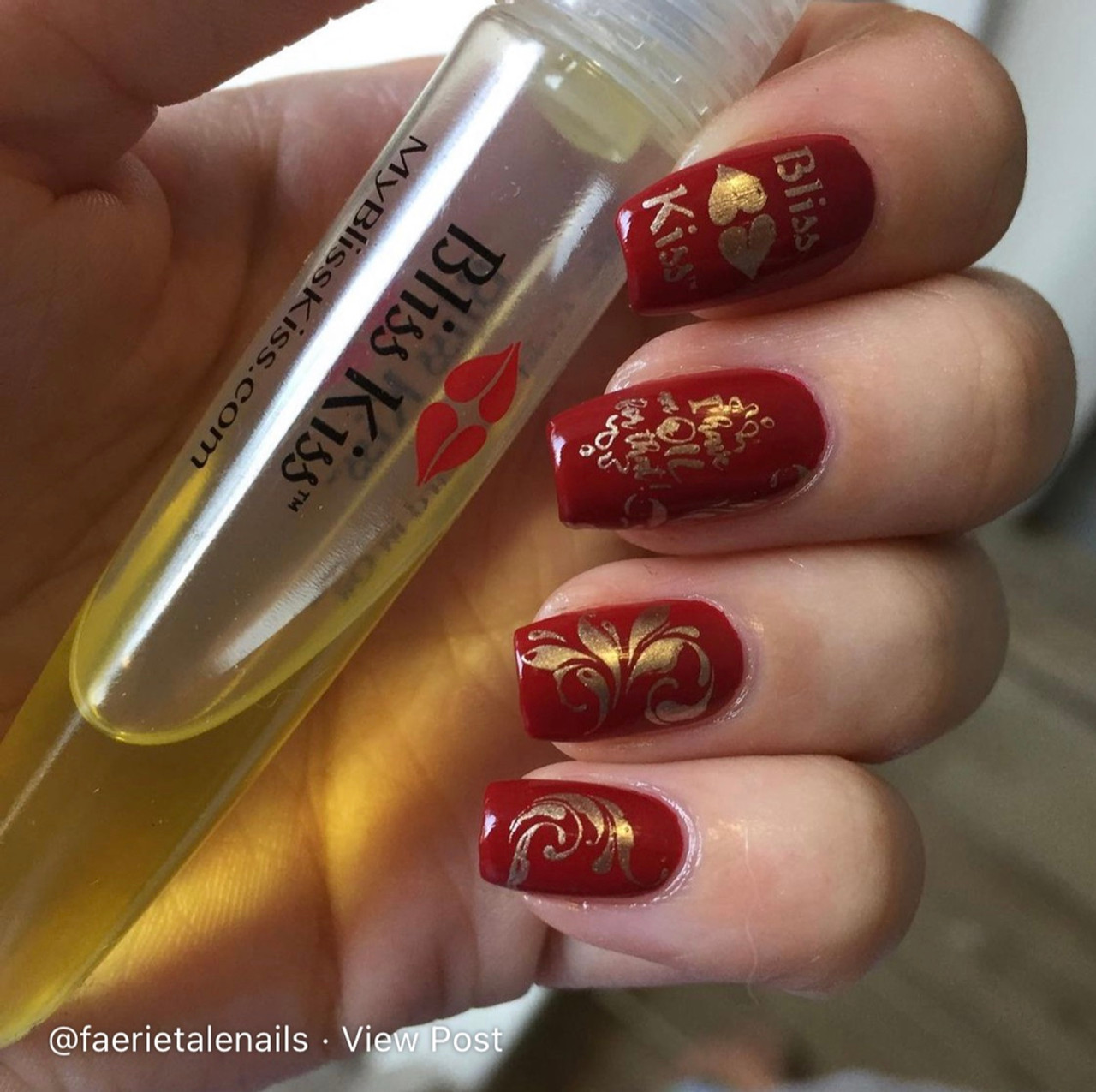 Bliss Kiss Stamping Plate