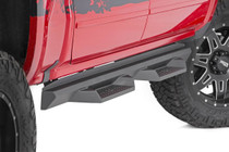 Ford DS2 Drop Steps (1999-2016 Super Duty \ Crew Cab) - mounted view