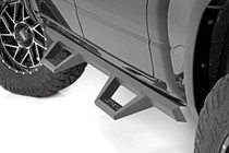 RAM XL2 Drop Steps (2019 Ram 1500 | Crew Cab) - mounted view