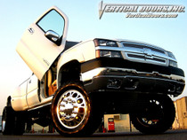 Vertical Doors 1999-2006 CHEVY SILVERADO Bolt on Lambo Door Kit - display on vehicle
