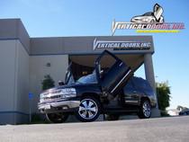Vertical Doors 2000-2006 CHEVY SUBURBAN Bolt on Lambo Door Kit - displayed on vehicle