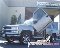 Vertical Doors 1995-1999 CHEVY TAHOE Bolt on Lambo Door Kit - displayed on vehicle
