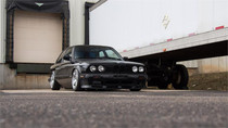 1982-1993 BMW 3-Series(E30)(51mm) Air Lift Kit with Manual Air Management Front View