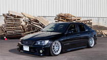 98-05 Lexus IS200 /IS300 Air Lift Kit with Manual Air Management- Side View