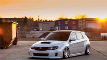 08-14 Subaru Impreza/WRX Air Lift Kit with Manual Air Management- Front/Side View