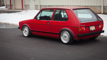 1974-1984 VW MK1 Platform Air Lift Kit with Manual Air Management- Side View