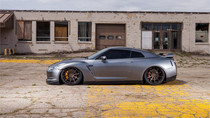 2008-2018 Nissan GTR Air Lift Kit with Manual Air Management- Side View