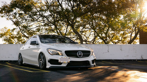 2012-2019 Mercedes & Infiniti Air Lift Kit with Manual Air Management w/ NO SHOCKS - vehicle front side view