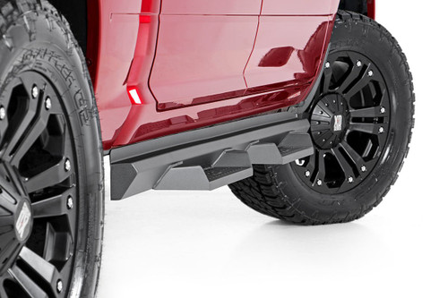 Toyota DS2 Drop Steps (2005-2019 Tacoma | Double Cab)-- mounted view