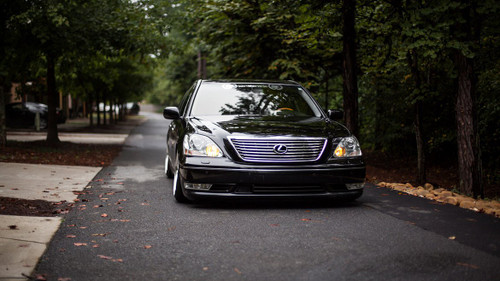 01-06 Lexus LS430 Air Lift Kit with Manual Air Management- Front View