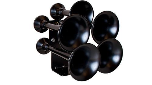 Katrina 5 Chime Black Horn