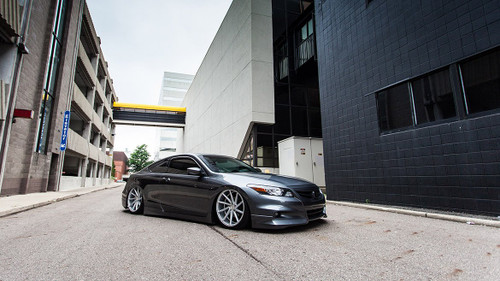 2008-2014 Honda/Acura Air Lift Kit with Manual Air Management- Side/Tire View
