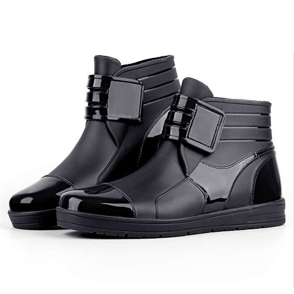 Men Casual Waterproof Snow Boots Rainy Days Shoes