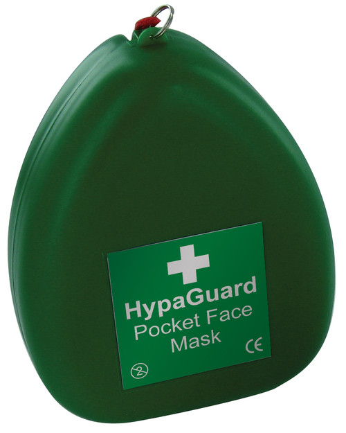 Pocket Face Mask for CPR in Plastic Clamshell closed
