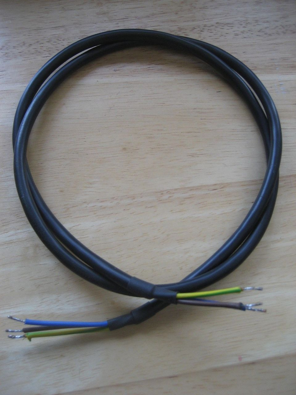 Bmw Tail Light Wiring Harness from cdn11.bigcommerce.com