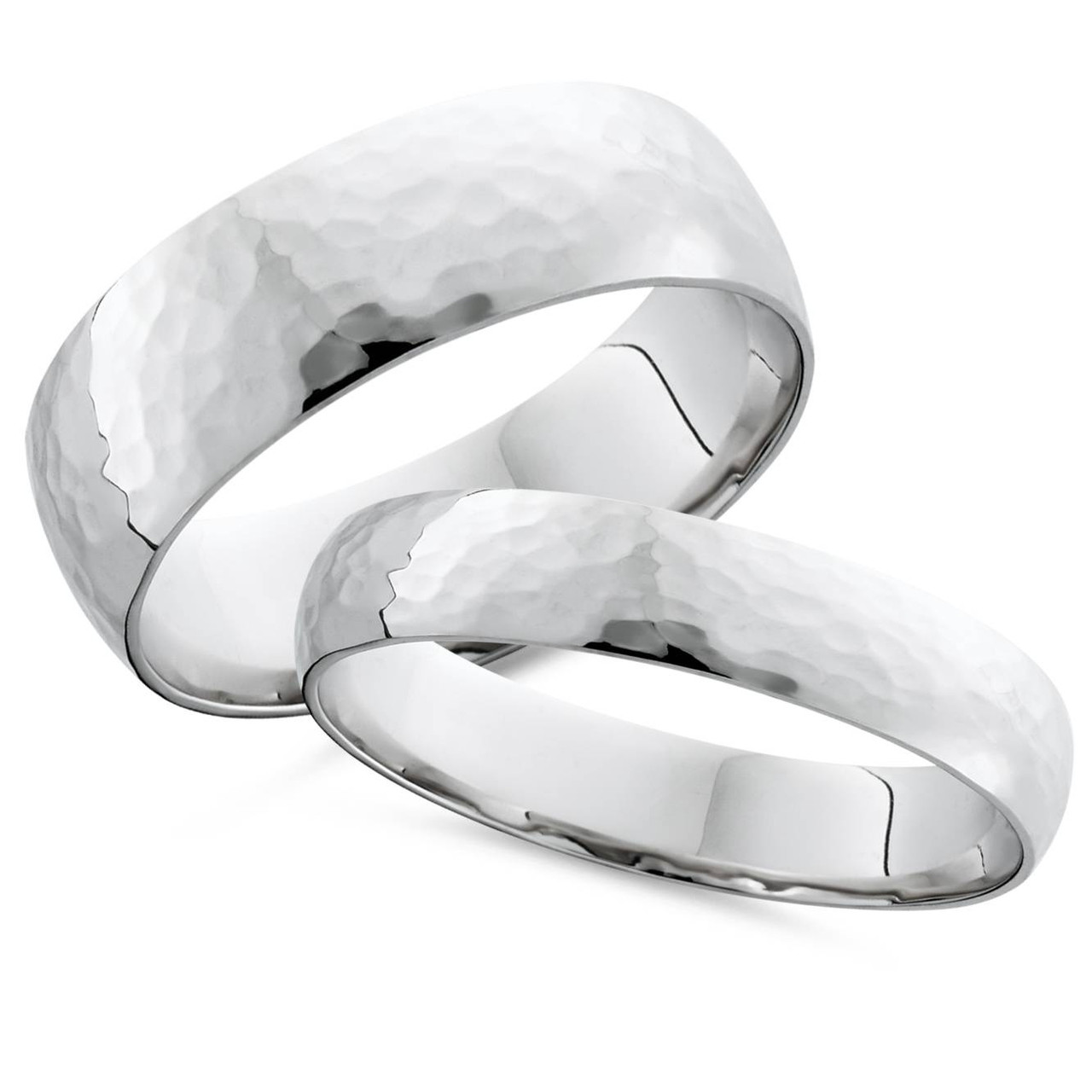 This is a graphic of Matching White Gold His Hers Hammered Wedding Band Set