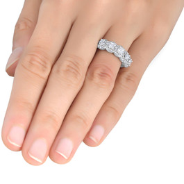 1/10 cttw Diamond Anniversary Wedding Ring