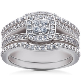 1ct TDW Cushion Halo Diamond Trio Engagement Guard Wedding Ring Set Gold (H/I, I1-I2)