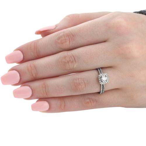 5/8 Carat Cushion Halo Diamond Engagement Wedding Ring Set White Gold (H/I, I2-I3)