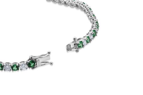 https://d3d71ba2asa5oz.cloudfront.net/53000589/images/emeraldbracelet.jpg