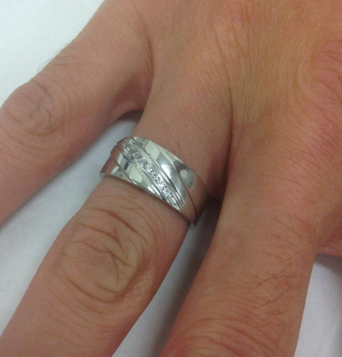 1/6CT Mens Diamond Ring 10K White Gold (H/I, I1-I2)