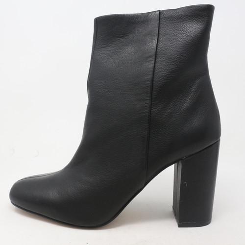 Dannia Black Boots