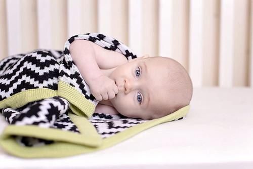 Chevrons zigzag knit Blanket