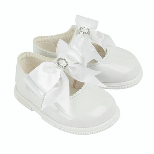 Hardsoled White Bow & Diamante shoe