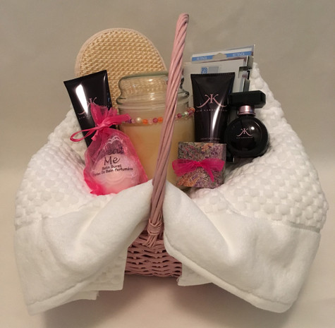 Kim Kardashian spa set