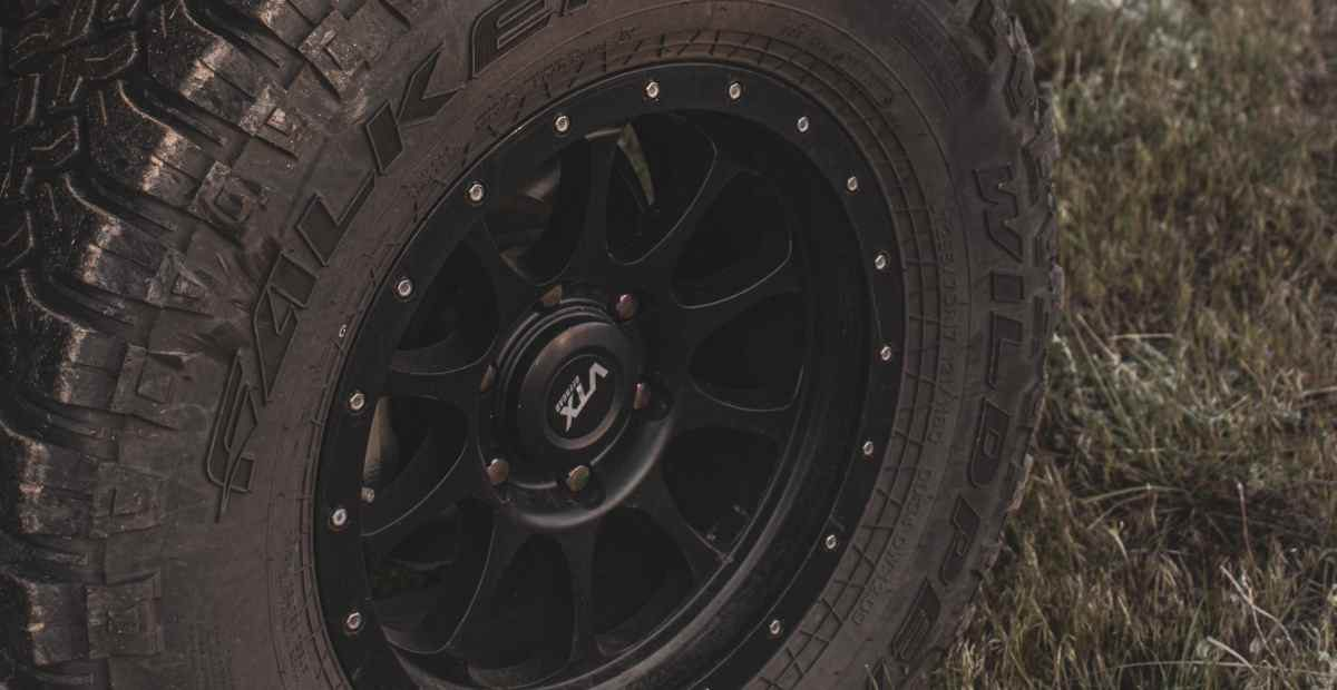 THE DIFFERENT TYPES OF WHEELS & RIMS