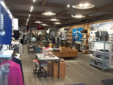Spiffy New Retail Space Design for Sperry Outlet