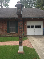 Driveway Lamp Post with Classic Brick Style